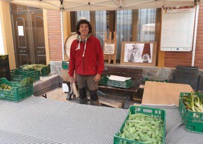 Javier Mañez Mendoza - Mercado agroecológico Teruel